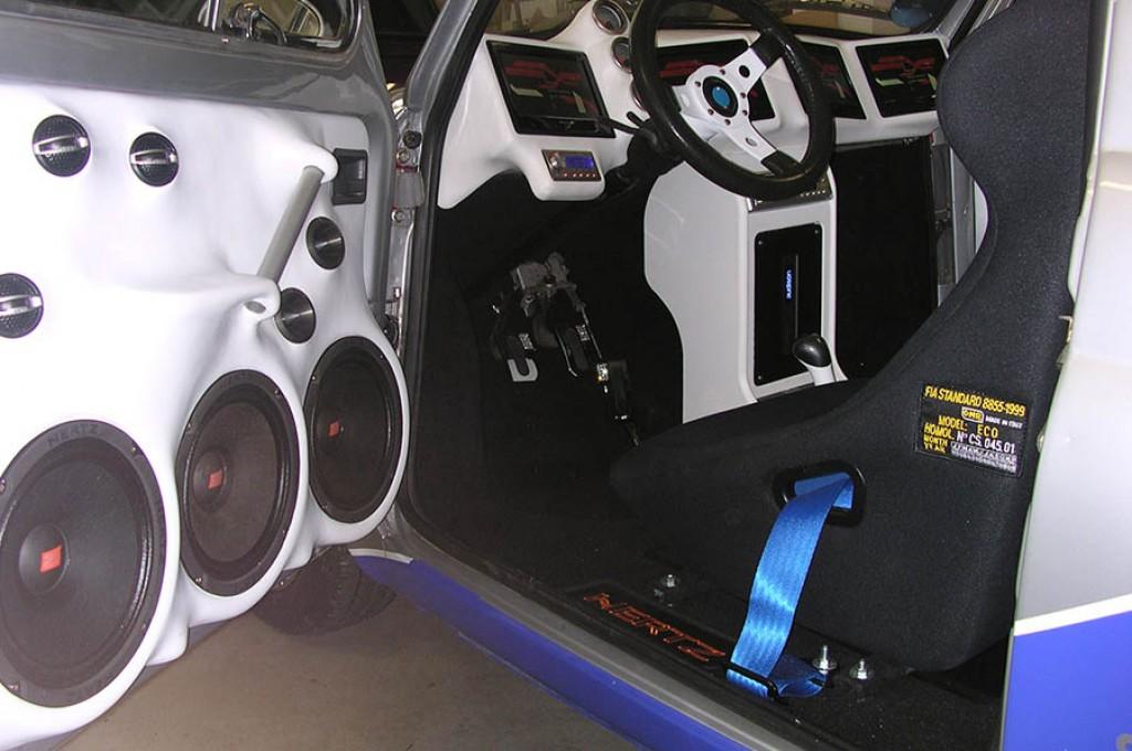 Fiat 500 con impianto stereo e interni da paura c d - Impianto stereo da camera ...